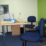 Escritorio para trabajar en la sala de investigadores