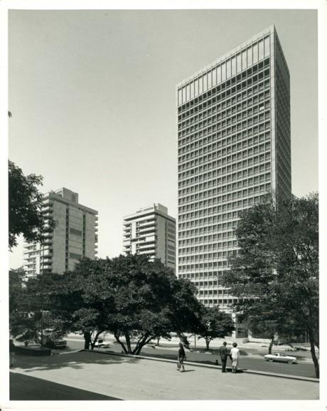 Archivo de arquitectura de la firma Obregón, Valenzuela y Cía. Ltda.