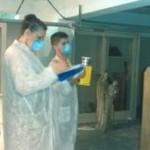 Muestreo microbiológico del aire en un depósito con un biocolector del tipo SAS