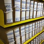 Fotografía de cajas que contienen documentos del fondo Relaciones Exteriores