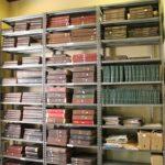 Documentos encadernados do Laboratório de Herpetologia antes do tratamento de preservação